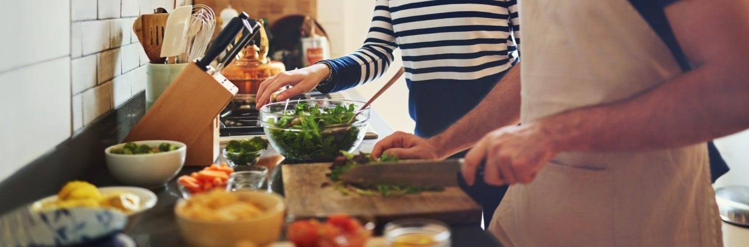 Alimentation saine et durable: le matériel et les ustensiles de cuisine indispensables